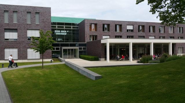 Aberdeen kauft für 28,4 Mio.€ das EKZ Scheunenhof in Pirna
